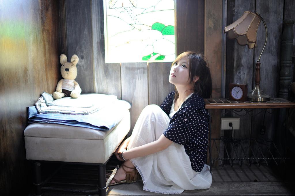 恋愛経験が少なくても五反田のデリヘル求人に応募する女性のイメージ2