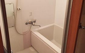 福岡店シャワールームも完備